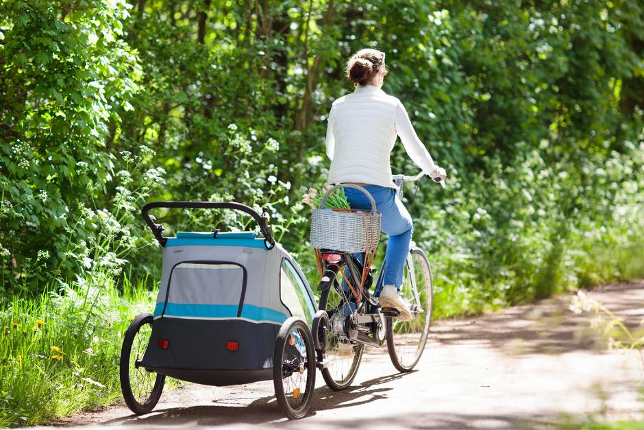 Vorbild Vorarlberg: Rund jede vierte Familie nutzt den Radanhänger als Alternative zum Auto.