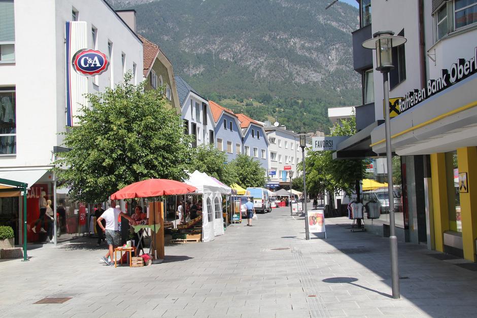 Die ÖVP Landeck will in der Malserstraße ein allgemeines Fahrverbot, Anrainerverkehr ausgenommen.