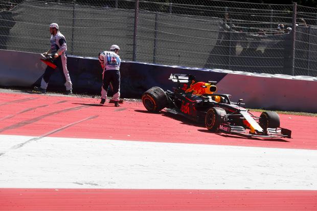 Für Max Verstappen endete das Training in der Zielkurve.