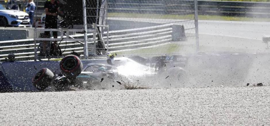 Heftiger Abflug von Mercedes-Pilot Bottas.