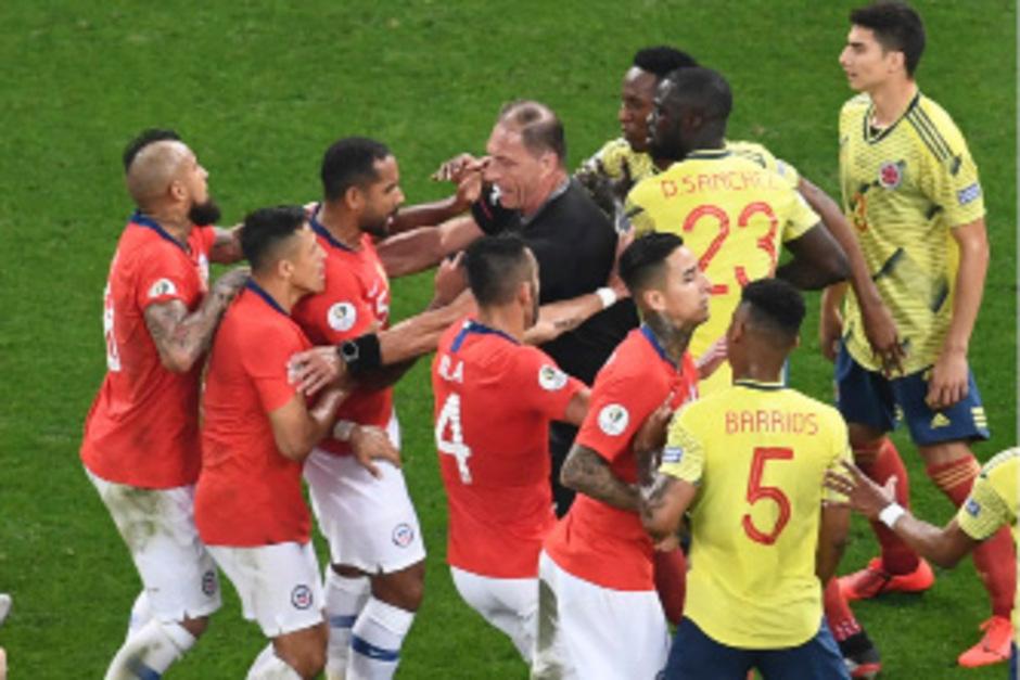 Zwischen Chile und Kolumbien ging es im Copa-Viertelfinale heiß her.