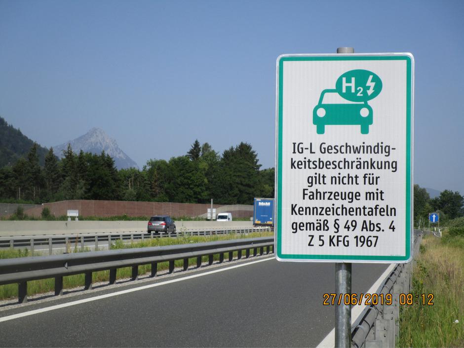 Autos mit grün-weißen Kennzeichen überholen ab heute.