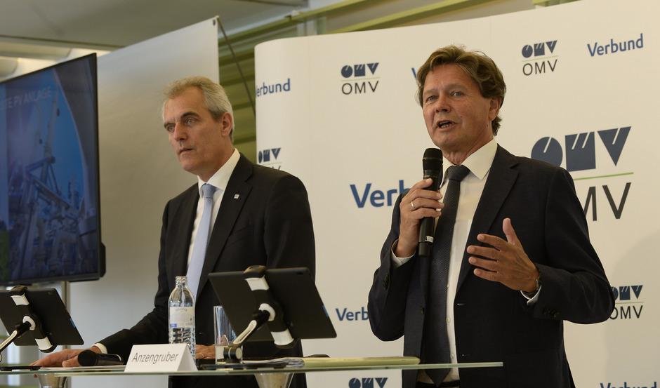 Verbund-Generaldirektor Wolfgang Anzengruber (re.) und OMV- Vorstandsvorsitzender Rainer Seele.