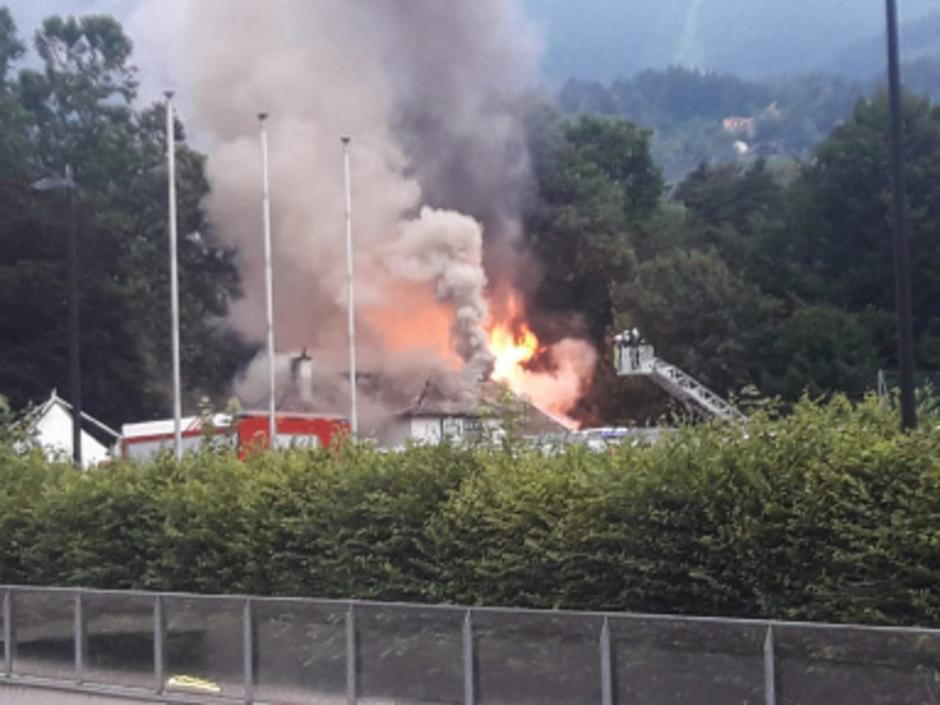 Zum Zeitpunkt des Brandausbruchs befand sich niemand im Café.