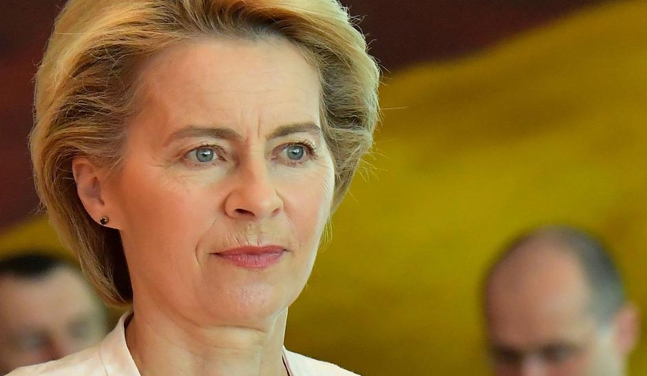 Die deutsche Verteidigungsministerin Ursula Von der Leyen (CDU) wurde von den Staats- und Regierungschefs der EU überraschend für das Amt der Kommissionspräsidentin nominiert.