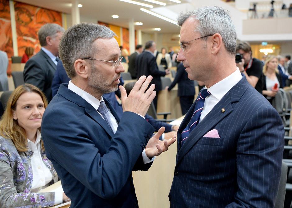 Die freiheitlichen Ex-Minister Norbert Hofer (r./FPÖ) und Herbert Kickl (FPÖ).