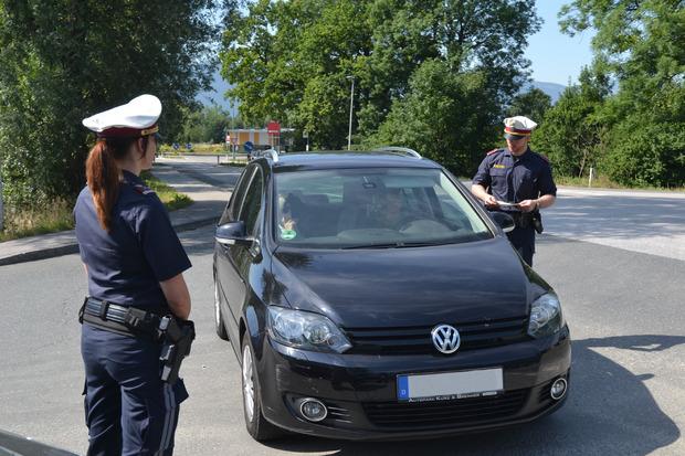 Das Fahrverbot auf der L211 wurde von der Polizei genau kontrolliert.