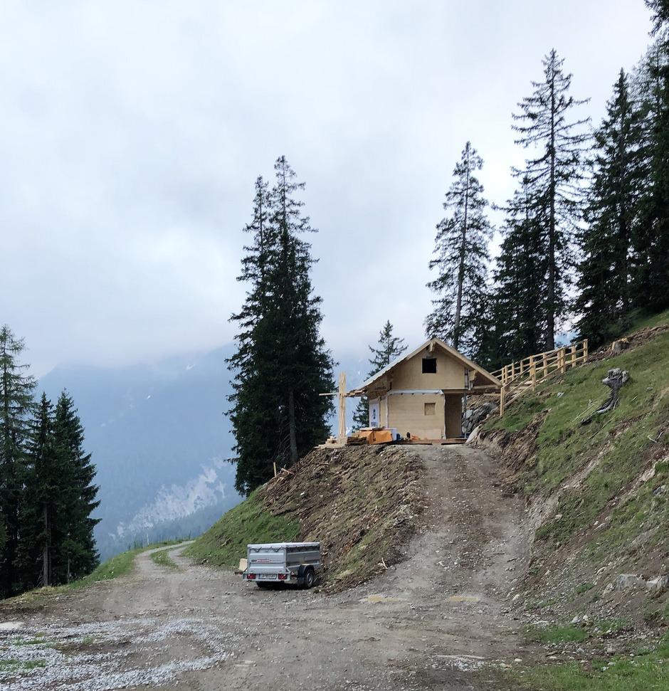 Die Jagdhütte nahe der Obermarkter Alm ist im Rohbau fertig.