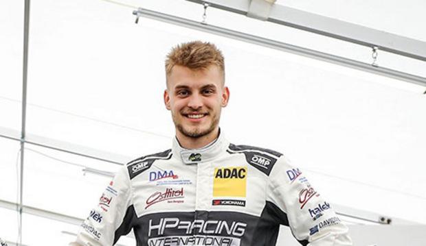 """Lukas Niedertscheider (TCR-Pilot): """"Mein Papa hat immer gesagt: ,Wenn Motorsport, dann mit einem Dachl über dem Kopf."""""""