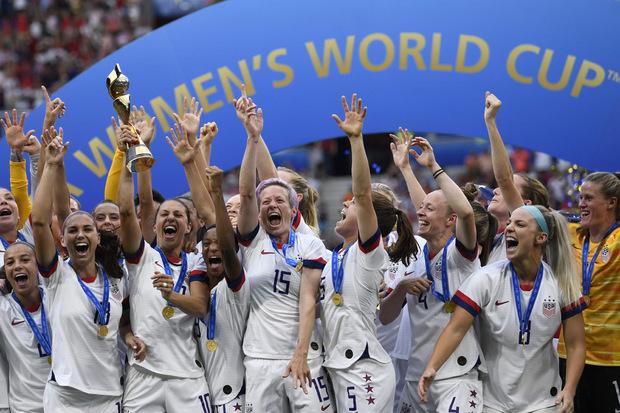 Frauenfußball erfreut sich zunehmender Beliebtheit. Das US-Team holte bei der WM den Sieg und wurde dementsprechend gefeiert.