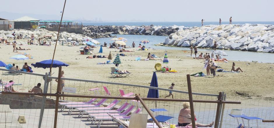 Wenn der Hotelstrand nicht so wie im Prospekt aussieht, kann die Urlaubsfreude erheblich getrübt werden.