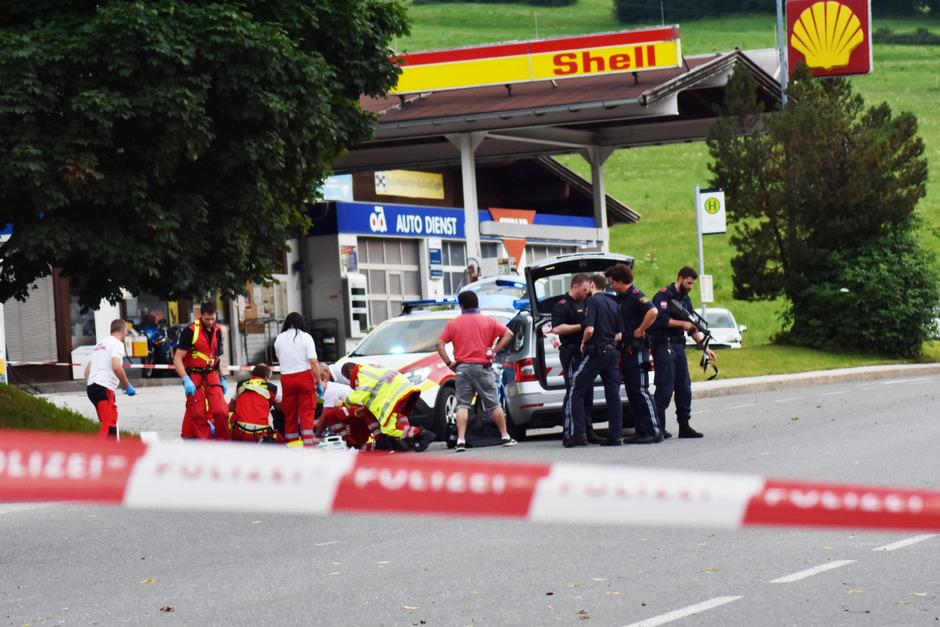 Großaufgebot der Polizei in der Wildschönau: Der 55-jährige Verdächtige eröffnete das Feuer auf die Polizei.