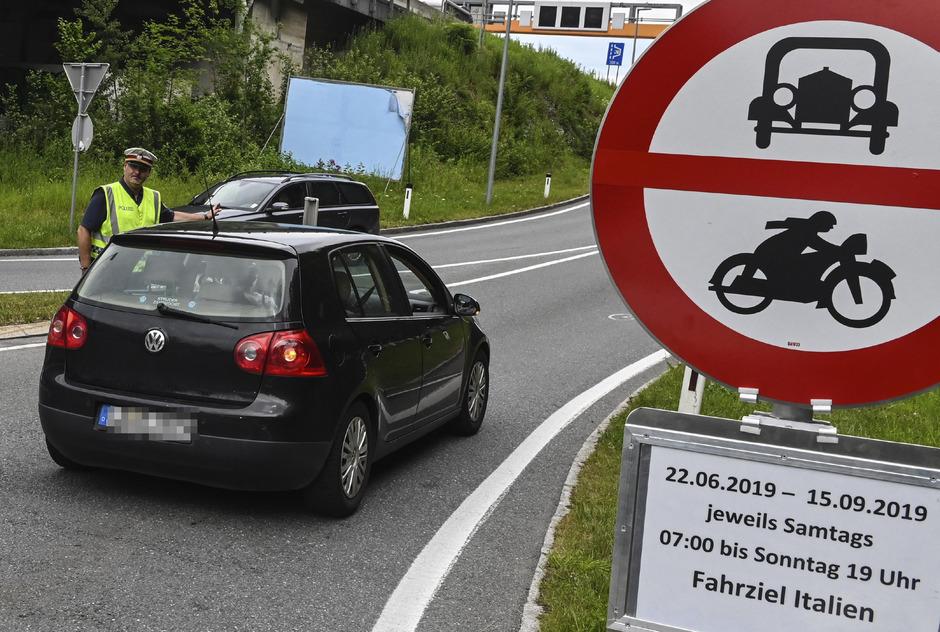 Die Fahrverbote gelten seit letzter Woche für den Großraum Innsbruck, Kufstein und Reutte.