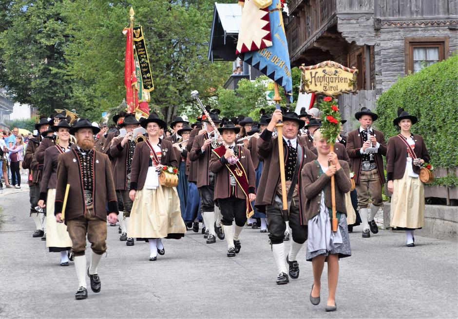 Die Musikkapelle Hopfgarten erhielt vom Blasmusikverband Tirol eine Ehrenurkunde zum 225-Jahr-Jubiläum.