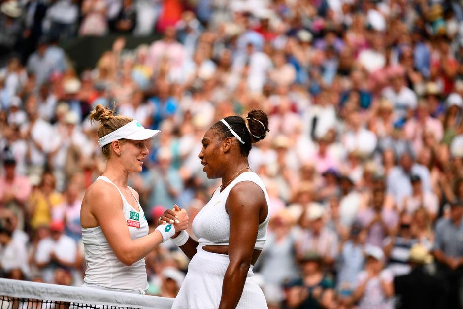 Alison Riske und Serena Williams.