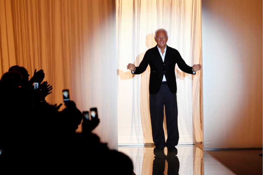 Mit seinen diversen Linien kleidet der Designer Giorgio Armani ganz unterschiedliche Bevölkerungsschichten ein – von den maßgefertigten, sündhaft teuren Modellen seiner Privé bis hinunter zu Armani Exchange.