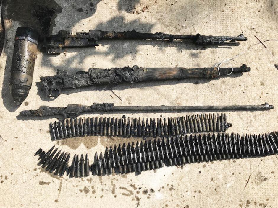 Die zwei Sprenggranaten sowie Munition und Gewehrläufe werden vernichtet, wenn die Ermittlungen abgeschlossen sind.