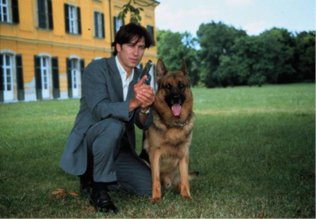 """Von 1993 bis 1997 ermittelte er als Richie Moser im TV-Erfolg """"Kommissar Rex""""."""