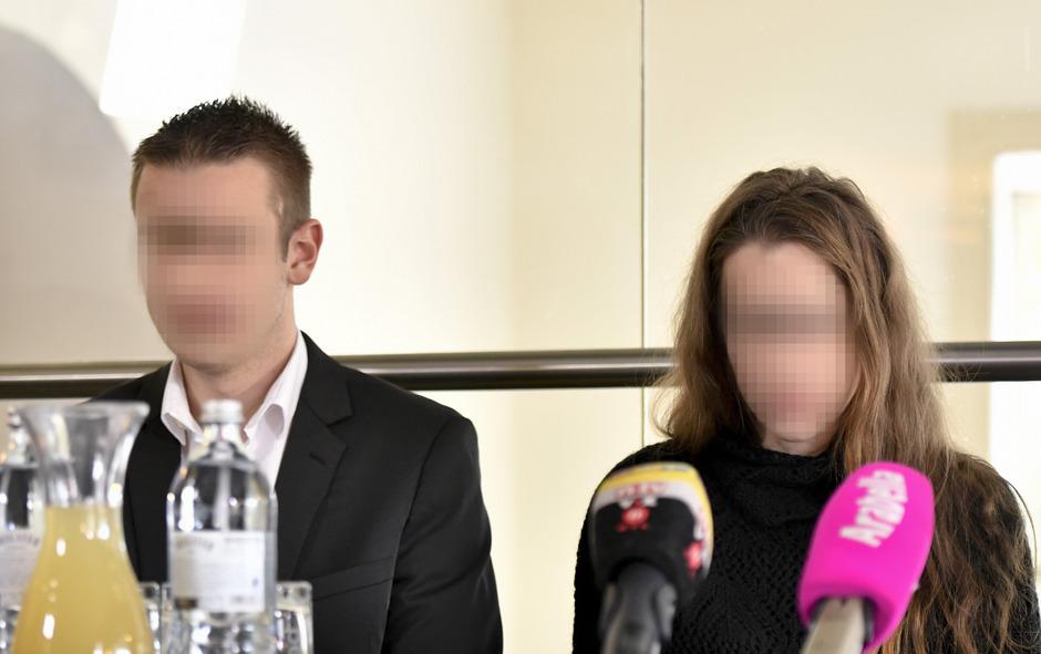 Sohn und Tochter des Arztes konnten den Freispruch in erster Instanz nicht fassen. In der Neuauflage wird heute mit einem Urteil gerechnet.