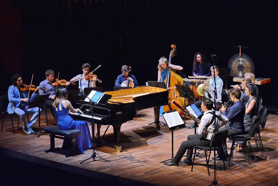 Die junge Ausnahmepianistin Mélodie Zhao und ihre Musikfreunde begeisterten mit Kompositionen oder Bearbeitungen aus der Feder der junge Schweizerin mit chinesischen Wurzeln.