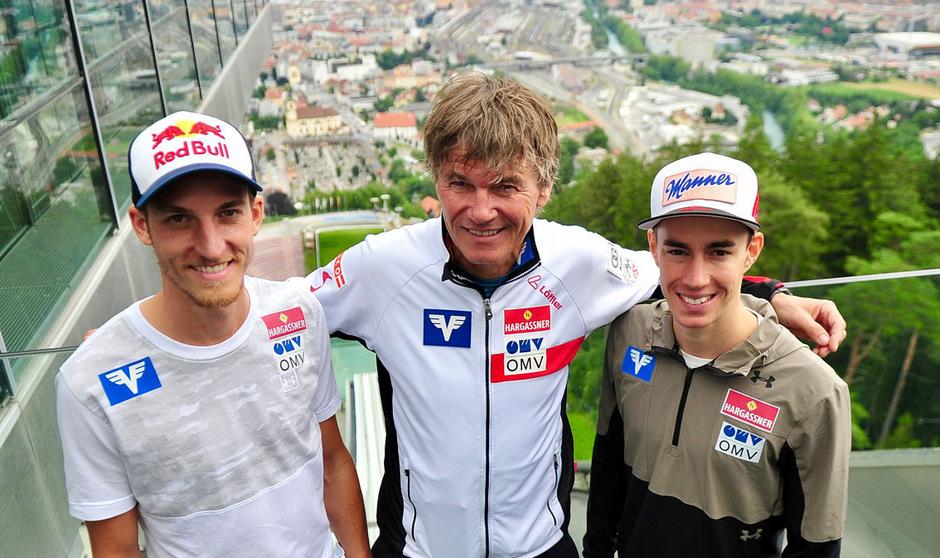 Gregor Schlierenzauer, Chefcoach Andi Felder und Stefan Kraft am Bergisel.