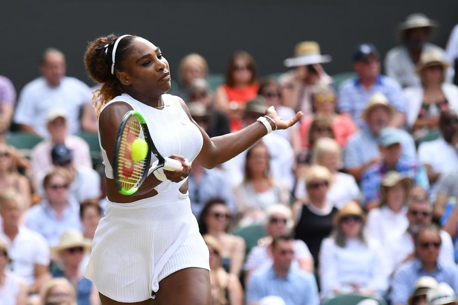 Serena Williams steht wieder im Wimbledon-Finale.