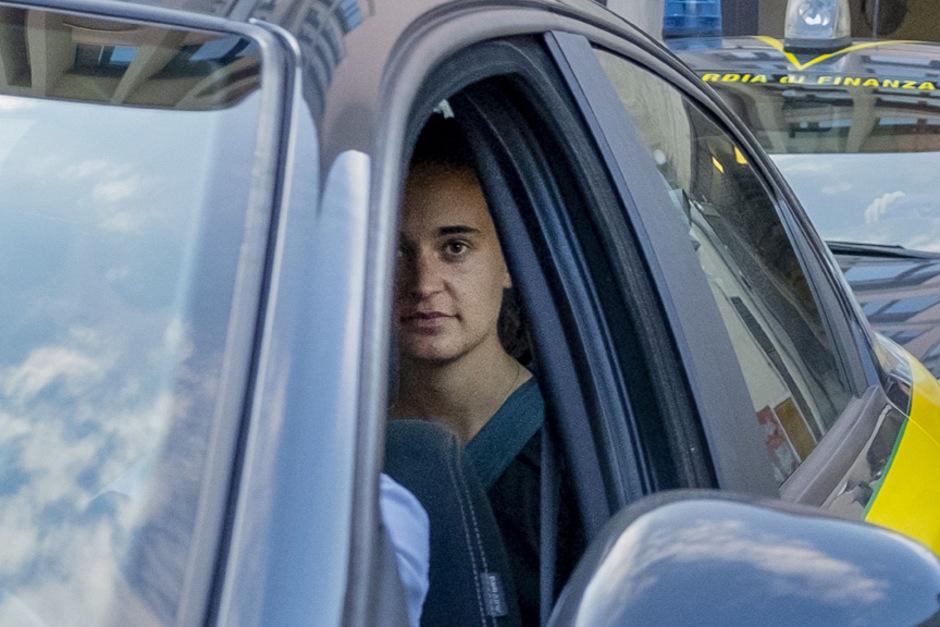 Carola Rackete nach ihrer Haftentlassung.