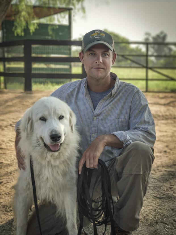 Hunde haben das Leben von John Chester verändert. Er zog mit seiner Frau aus Los Angeles aufs Land und wurde Landwirt – nebenbei hat er eine Doku darüber gedreht.