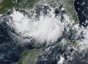 Ein Satellitenbild zeigt den herannahenden Wirbelsturm.