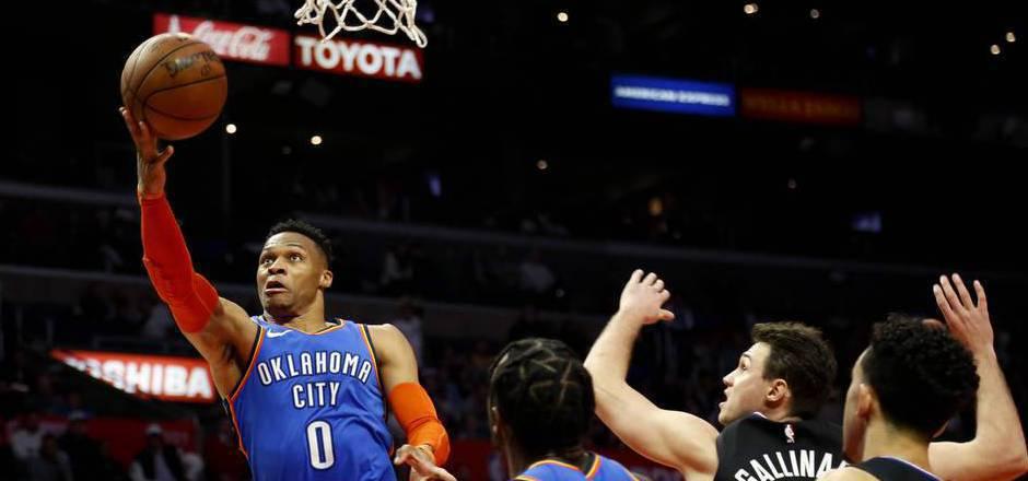 Russell Westbrook geht künftig für Houston auf Korbjagd.