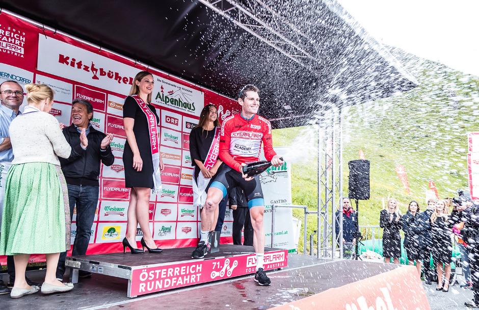 Ben Hermans ließ sich wie im Vorjahr als Gesamtsieger feiern.