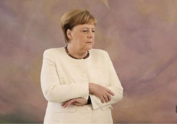 Angela Merkel sprach nur kurz über ihre Zitteranfälle.