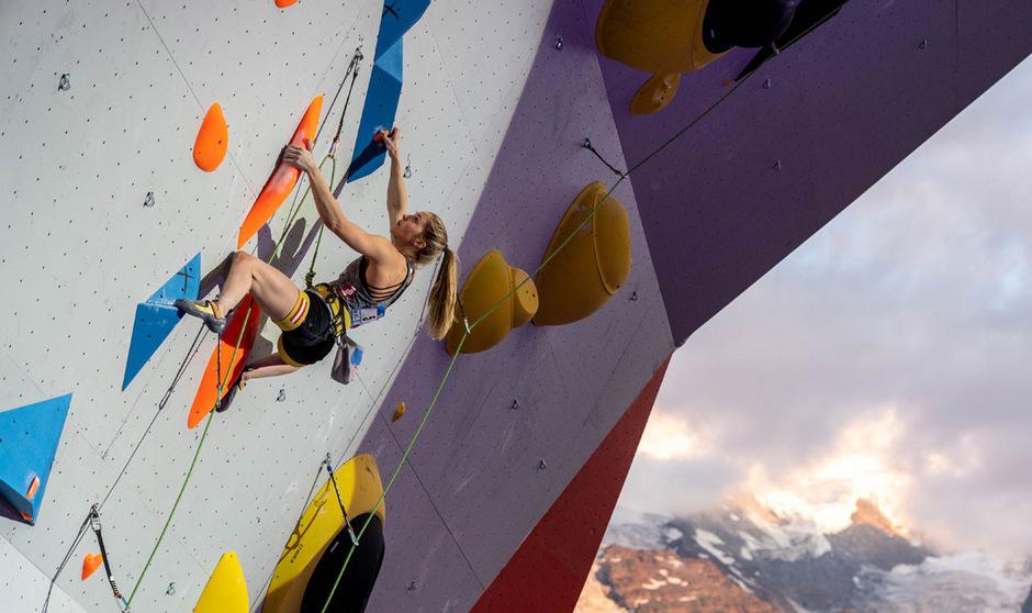 Jessica Pilz landete beim Weltcup in Chamonix auf Platz drei.