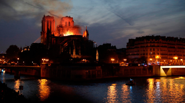 Am 15. April 2019 brannte die weltberühmte Kathedrale Notre-Dame.