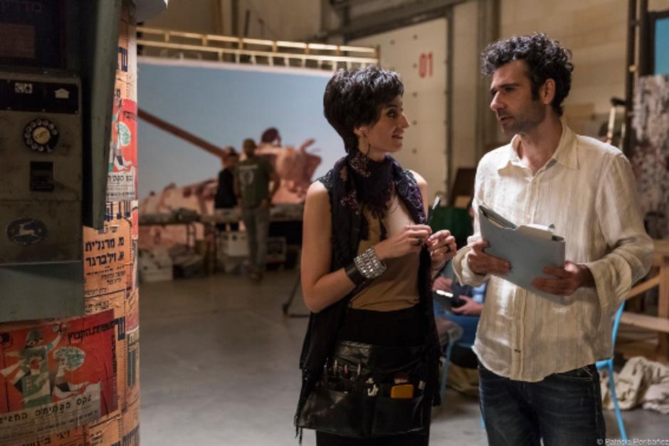 """Der Palästinenser Salam (Kais Nashif) kann als Autor der Seifenoper """"Tel Aviv on Fire"""" auf einen israelischen Ghostwriter zählen."""