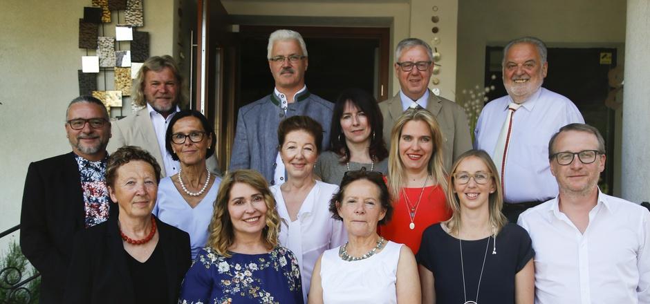 Die Weinbruderschaft Gurgltal nahm erstmals auch Frauen auf. Von den elf Neuaufnahmen waren acht weiblich.