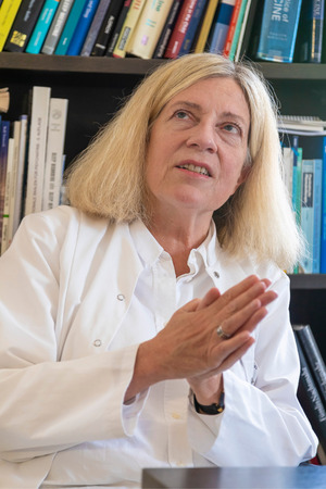 Birgit Högl leitet seit dem Jahr 1999 das Schlaflabor der Universitätsklinik Innsbruck. Im September wird die Neurologin die erste Präsidentin der Weltschlafgesellschaft werden.