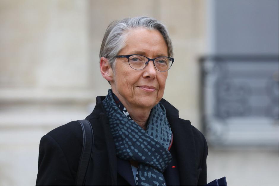 Elisabeth Borne übernimmt das Amt.