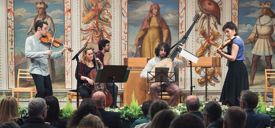 """Das Ensemble """"La Vaghezza"""" eröffnete den sommerlichen Konzertreigen im Spanischen Saal von Schloss Ambras."""