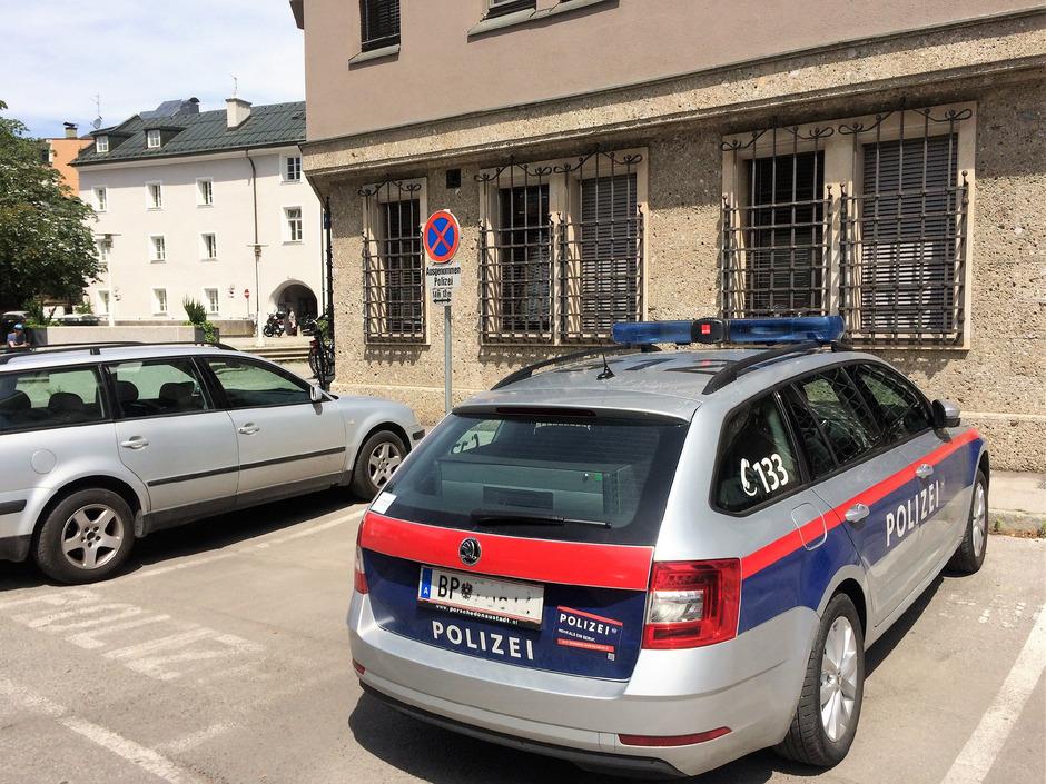 Die reservierten Parkplätze für die Polizei hatten bis Dienstag keine Grundlage.