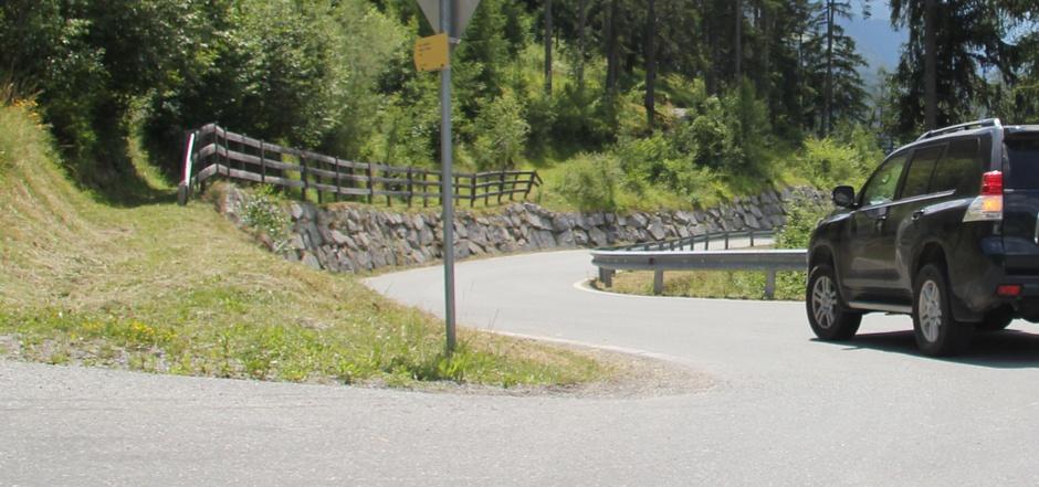 Die Baustraße wurden für den allgemeinen Verkehr freigegeben. Während der Sperren war sie eine Notlösung für den Schwerverkehr.