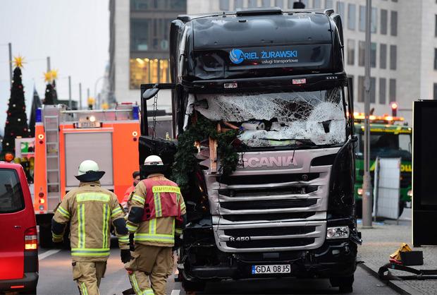 Amri lenkte im Dezember 2016 einen Lkw auf einen Berliner Weihnachtsmarkt. Zwölf Menschen starben.