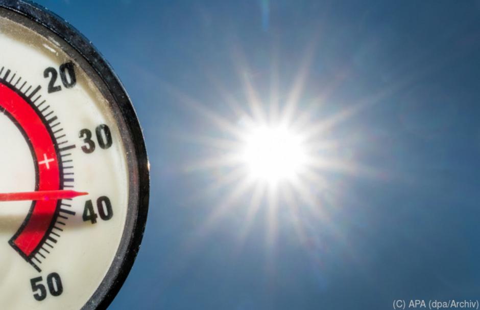 Vor allem den Städten heizen die steigenden Temperaturen in den Sommermonaten kräftig ein.