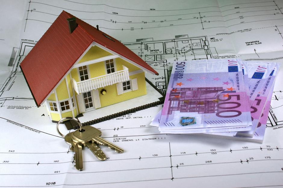 Immobilien gelten weiterhin als beliebteste Geldanlageform.