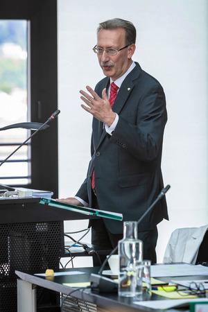 Kontrollamtschef Hans Fankhauser legte einen Prüfbericht vor.