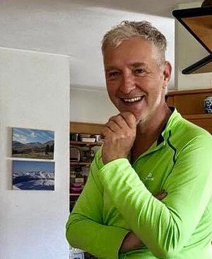 Claus Aniballi freut sich über 92 Punkte im Falstaff-Guide.