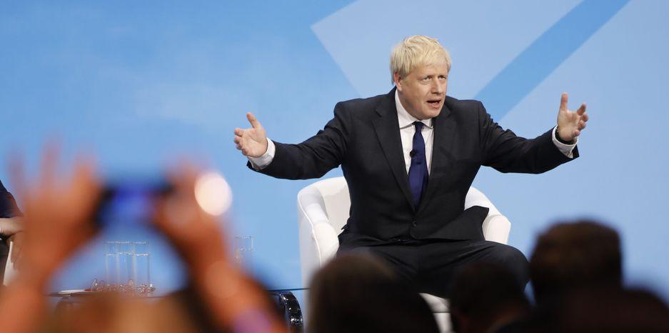 Boris Johnson verlangt, den Backstop zu streichen und die irische Grenzfrage erst nach dem Austritt in einem künftigen Freihandelsabkommen mit der EU zu lösen.
