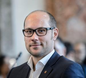 """""""Die Rückkehr von Bär und Wolf und damit verbundene Folgen werden verharmlost und unterschätzt"""", meint Mario Gerber (Landtagsabgeordneter)."""