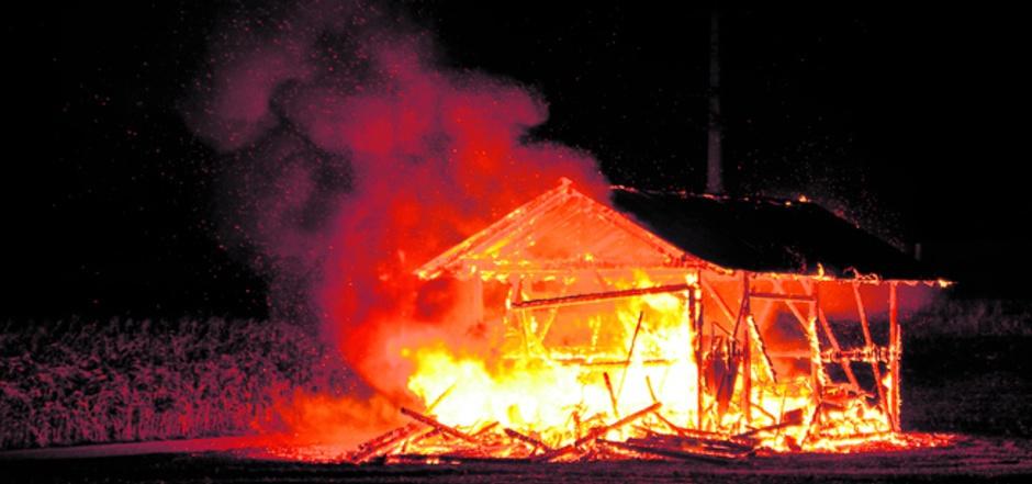 Alleine in Inzing schlug der Brandstifter gleich dreimal zu. Insgesamt dürften zehn Brände auf sein Konto gehen.