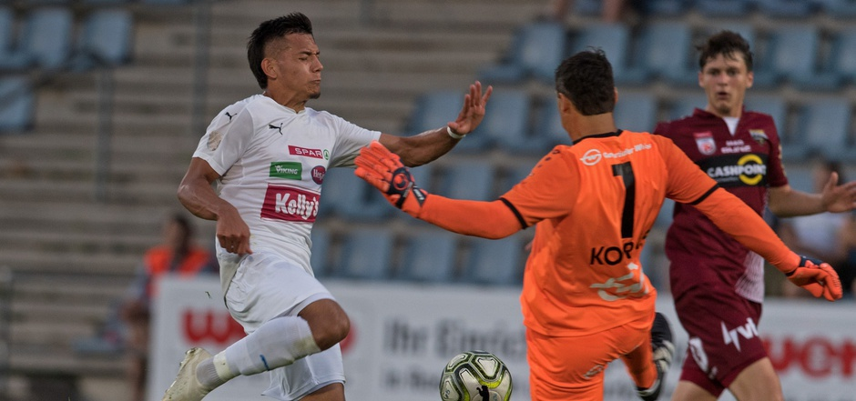 """Alejandro Klinsman Calderon Buitrago oder einfach nur """"Klinsi"""" – an dem kolumbianischen Angreifer könnte der FC Kufstein noch viel Freude haben. Das 1:6 konnte er nicht verhindern."""